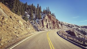 6 disability travel blogs you need to read: a road in America