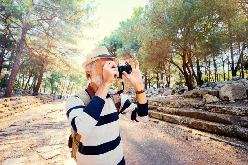 Solo travelling for seniors: photographer