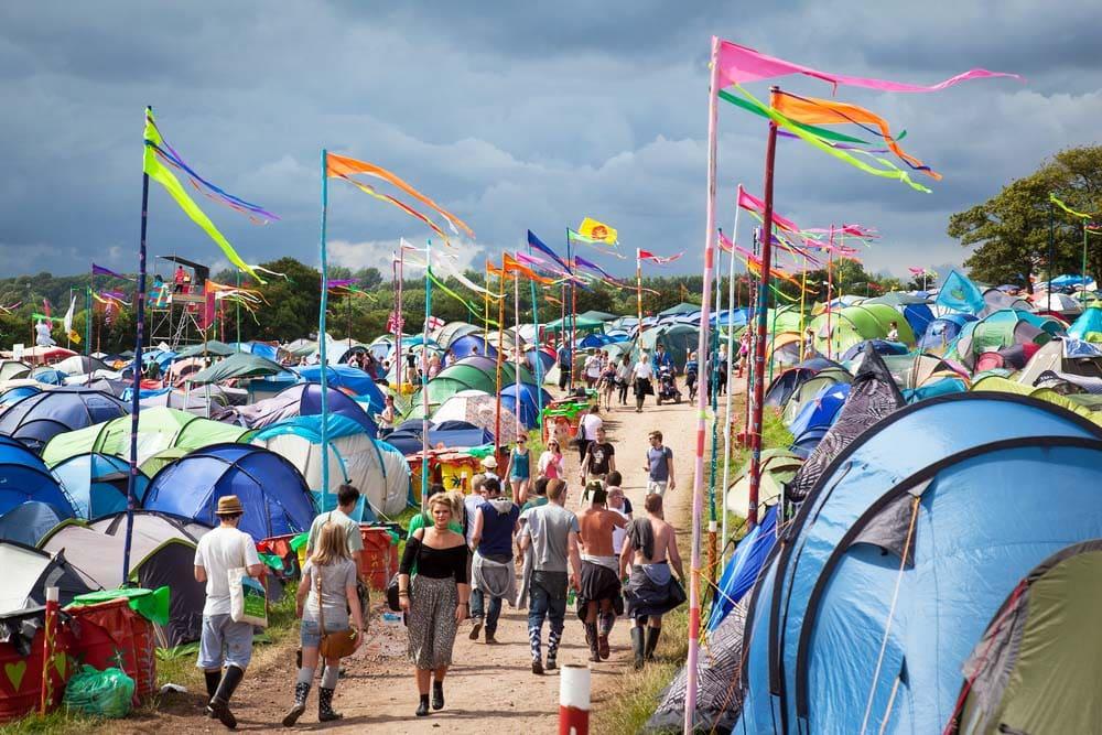 Mature-Rockers-Ruling-the-Festival-Scene-Glastonbury