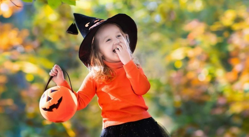 Halloween-Activities-for-Grand-kids-Trick-or-Treat-Halloween-AllClear-Travel-Blog