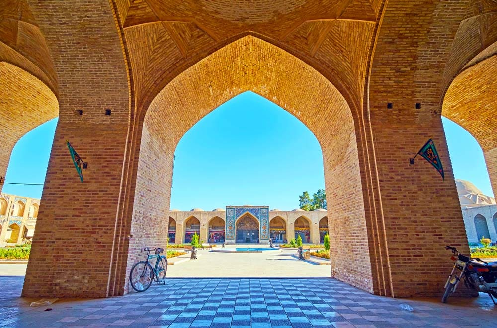 Iran Persian Palaces and Gardens – Kerman