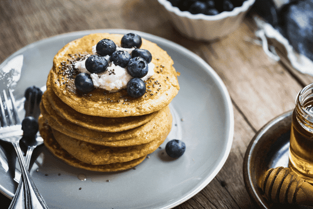 Pancake-Houses-Around-the-World-AllClear-Travel-Blueberry-pancakes