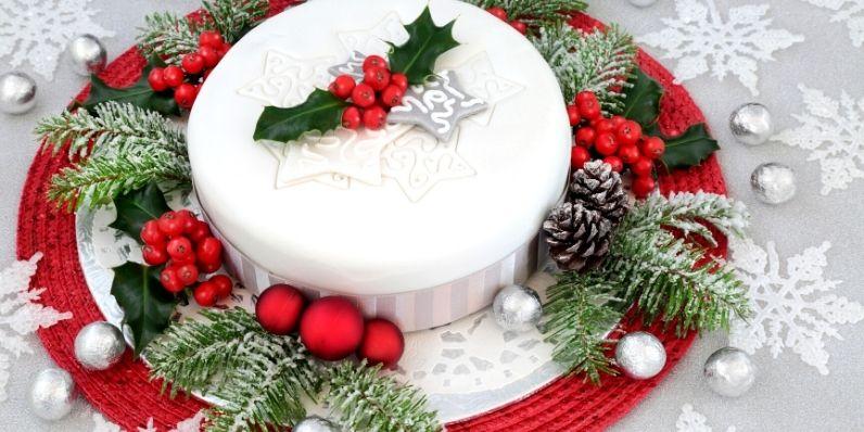 What-to-Bake-This-Christmas-classic-Christmas-cake