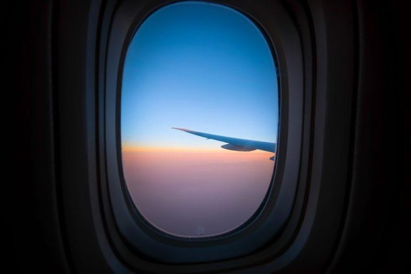 The horizon seen through an aeroplane window