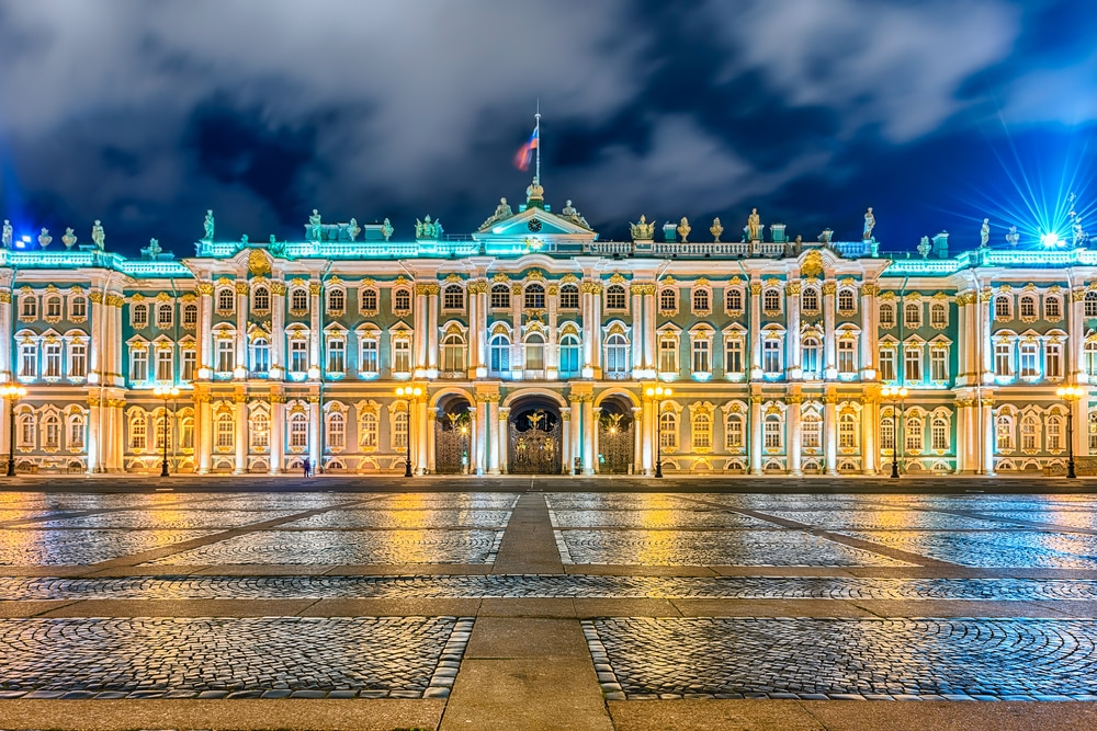 10 stunning places to visit in Russia during the World Cup: St. Petersburg, Winters Palace