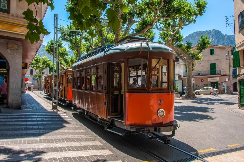 Palma de Mallorca – The ideal city break: Ferrocarril de Sóller