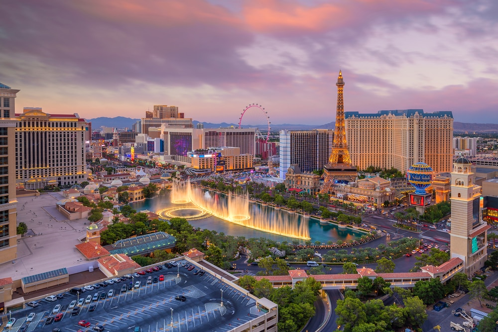 5 destinations for Valentine's Day: Las Vegas