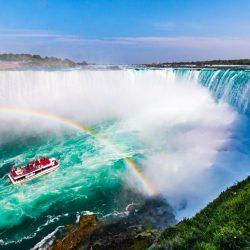 Your Holiday Bucket List: Niagara falls cruise